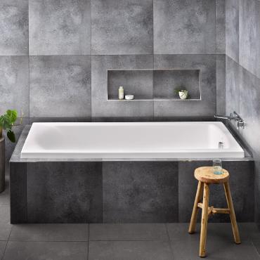 Solace 1800 Bath - RRP $870